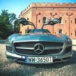 Mercedes SLS AMG w oczach pewnej blondynki