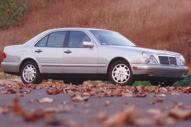 Mercedes W210 /