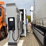 Mercedes wybierze baterie czy wodór?