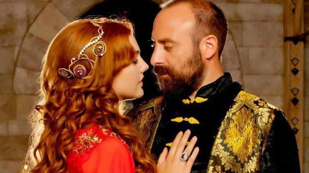 Meryem Uzerli, serialowa Hürrem stała się ulubienicą publiczności. Fani byli załamani, gdy odeszła w ostatnim 4. sezonie serialu. /materiały prasowe