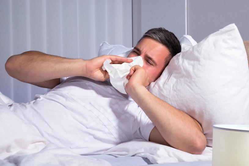 Męski układ odpornościowy słabiej broni się przed infekcjami /123RF/PICSEL