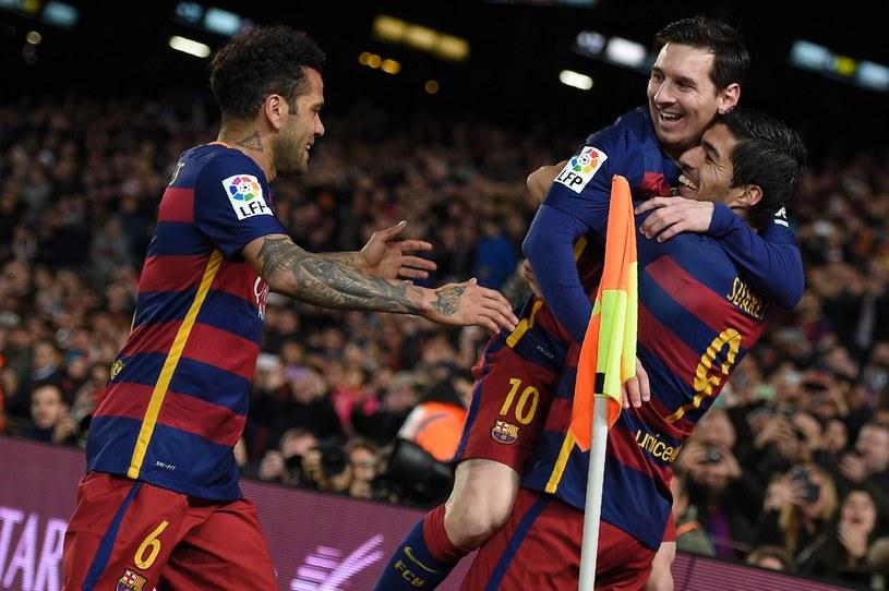 Messi i Suarez świętują trafienie Urugwajczyka /AFP