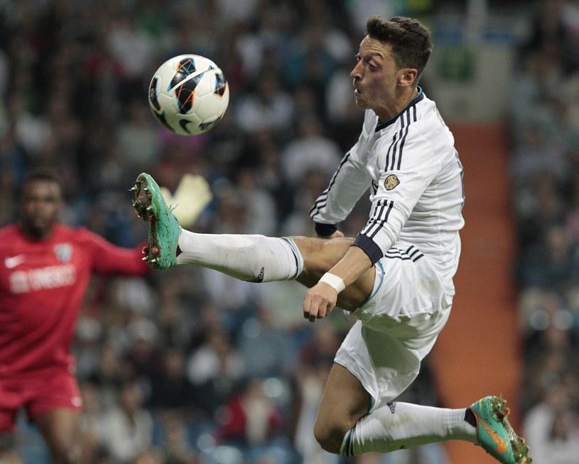 Mesut Oezil był uwielbiany w Madrycie, teraz ma być siłą Arsenalu /AFP