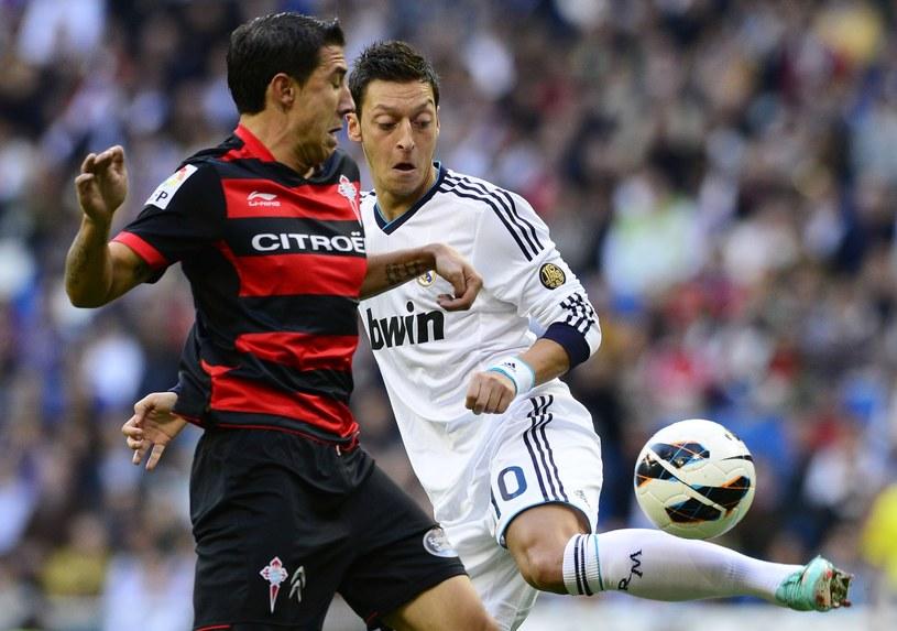 Mesut Oezil może opuścić Real i przenieść się do Man City /AFP