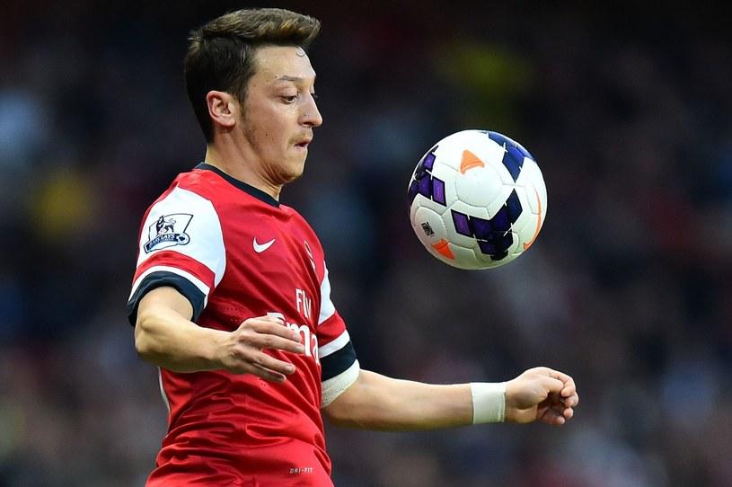 Mesut Oezil, piłkarz Arsenalu Londyn /AFP