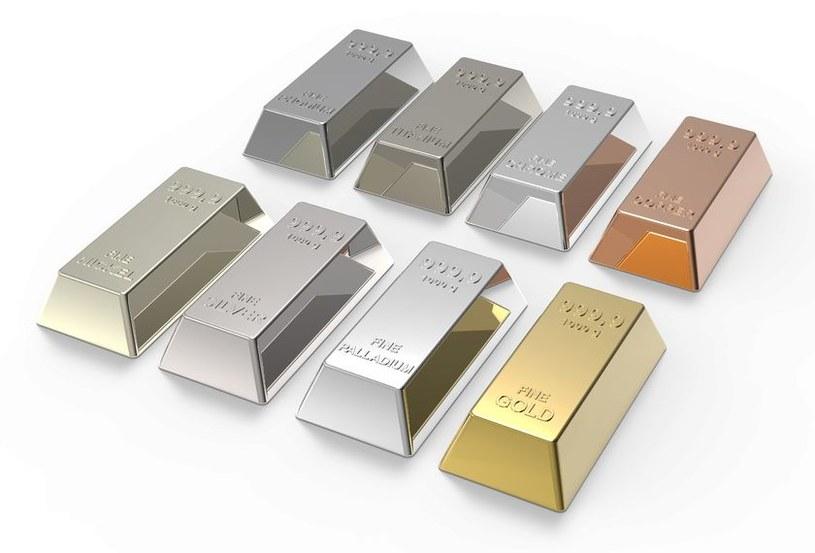 Metale szlarcetne trzymaja sie doskonale /123RF/PICSEL