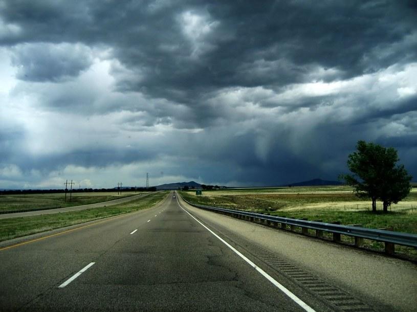 Meteorolodzy ostrzegają przed burzami i gradobiciem; zdj. ilustracyjne /123RF/PICSEL