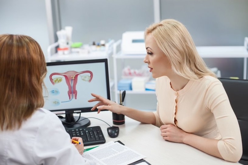Metodę leczenia zaordynuje ginekolog /123RF/PICSEL