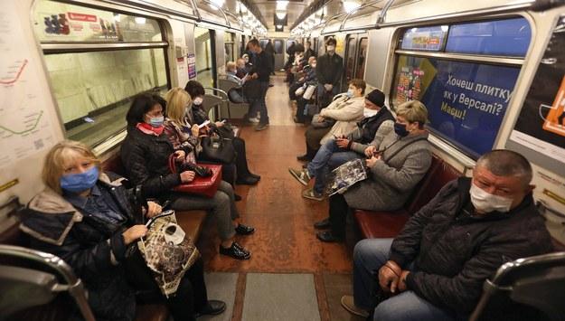 Metro w Kijowie /Photoshot    /PAP/EPA