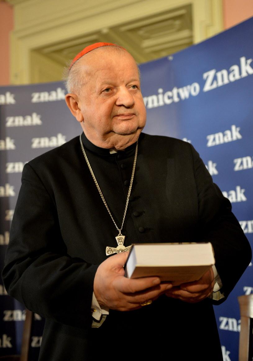 Metropolita krakowski kard. Stanisław Dziwisz podczas prezentacji książki Karola Wojtyły. /PAP