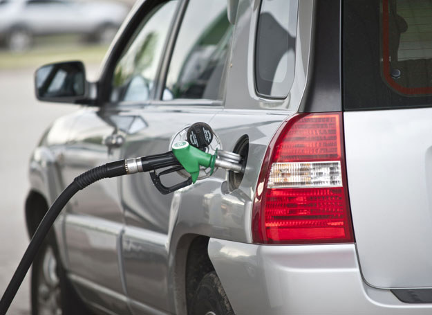 Mężczyzna oblał się benzyną na stacji/ Zdjęcie ilustracyjne /123RF/PICSEL