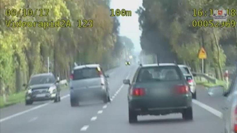 Mężczyzna stracił prawo jazdy, od sądu będzie zależało, czy je otrzyma /
