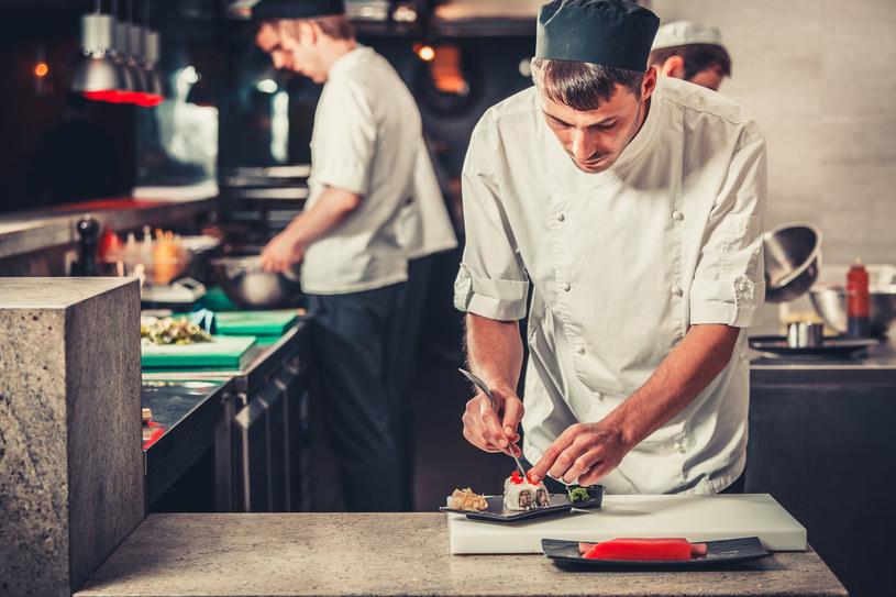 Mężczyźni gotują zdecydowanie lepiej /123RF/PICSEL