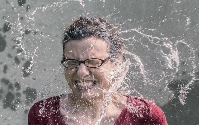 mgiełka do ciała z wódką /© Photogenica