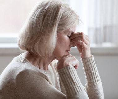 Mgła mózgowa i bóle głowy po COVID-19. Czy jest się czego bać?