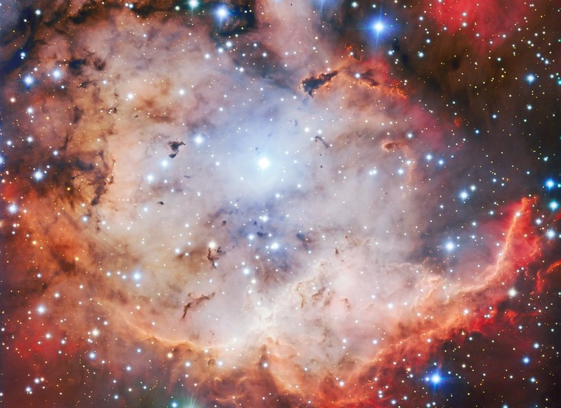 Mgławica NGC 2467 /materiały prasowe