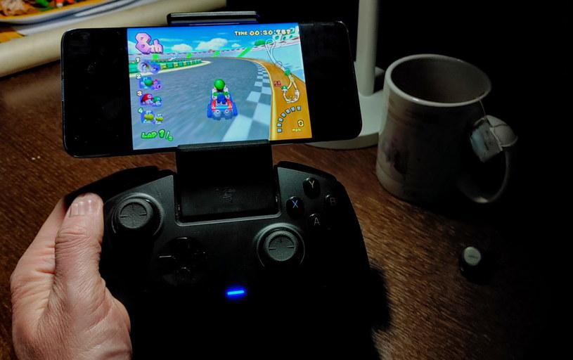 Mi 10 i emulator konsoli GameCube - smartfon poradził sobie bardzo dobrze /INTERIA.PL