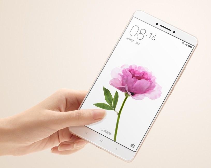 Mi Max to największy telefon w gamie Xiaomi /materiały prasowe