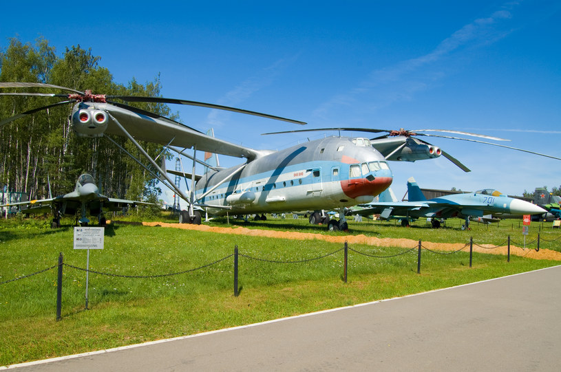 Mi V-12 w muzeum w Monino. Fot. Maarten /Wikipedia