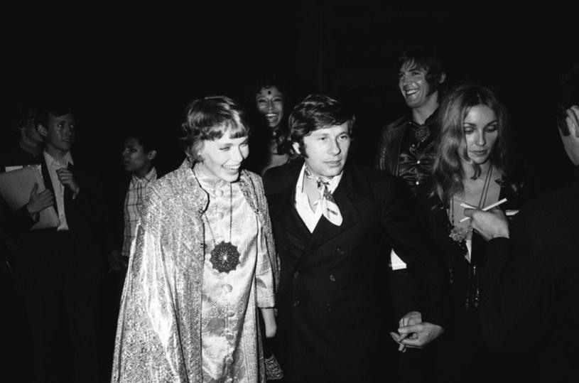 """Mia Farrow i Roman Polański w 1968 roku na pokazie filmu """"Dziecko Rosemary"""" na festiwalu w Cannes /REPORTERS ASSOCIES/Gamma-Rapho /Getty Images"""