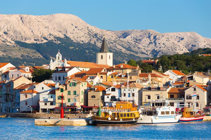 Miasteczko Baszka na wyspie Krk w Chorwacji /123RF/PICSEL