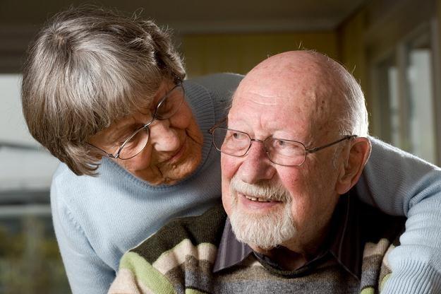 Miasto monitoruje zdrowie emerytów na odległość /123RF/PICSEL