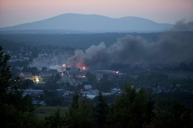 """""""Miasto wygląda jak strefa działań wojennych"""" /AFP"""