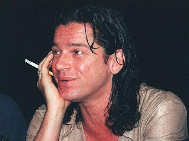 Michael Hutchence (1960-1997) oficjalnie zmarł w wyniku samobójstwa /arch. AFP