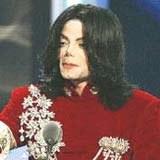 Michael Jackson: Charakteryzator będzie miał ręce pełne roboty /AFP