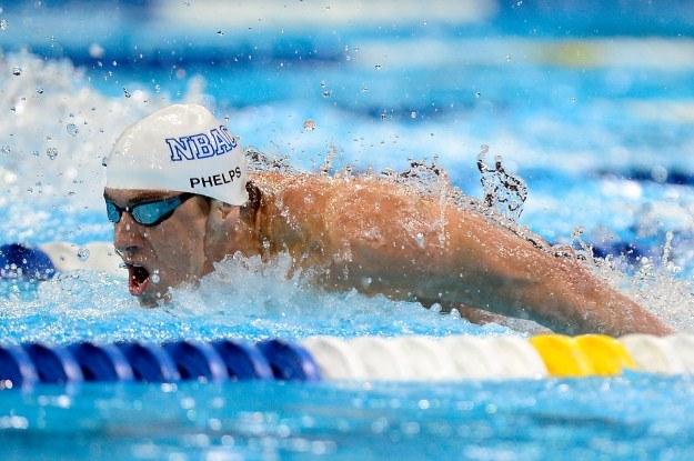 Michael Phelps to multirekordzista w pływaniu /AFP