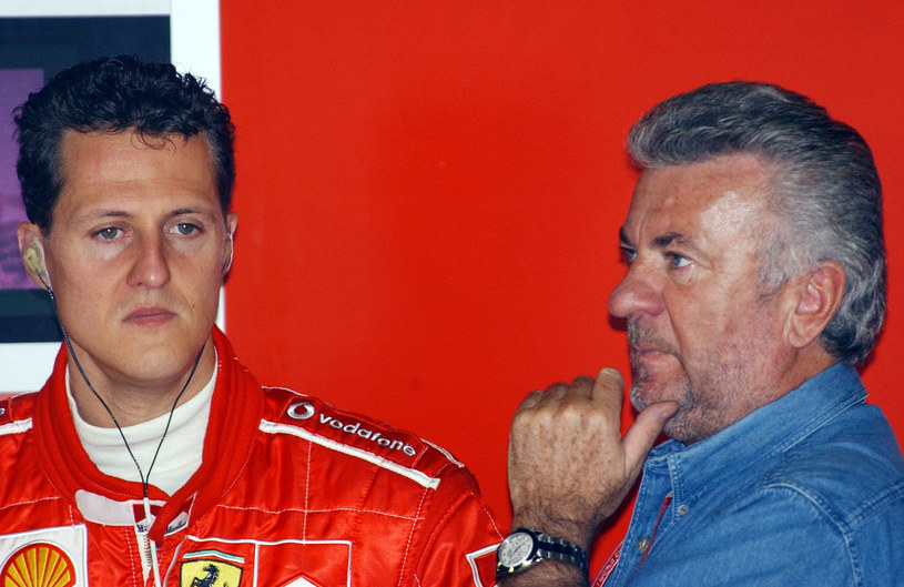 Michael Schumacher (z lewej) i jego były agent Willi Weber /CHRISTOPHE SIMON /Newspix