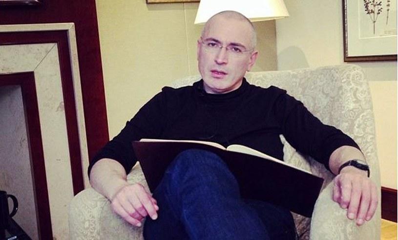 Michaił Chodorkowski w hotelu Adlon w Berlinie udziela wywiadu /AFP