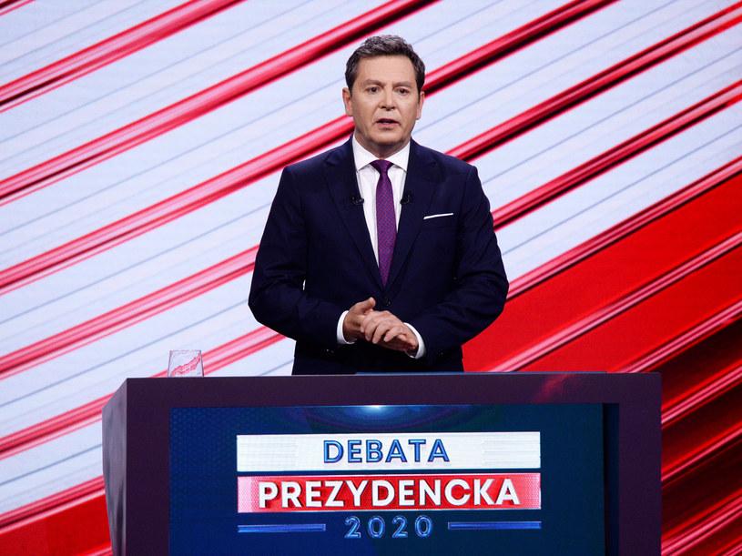 Michał Adamczyk podczas debaty, która odbyła się 6 maja /Jan Bogacz/TVP /East News