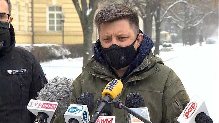 Michał Dworczyk podczas konferencji prasowej /Polsat News