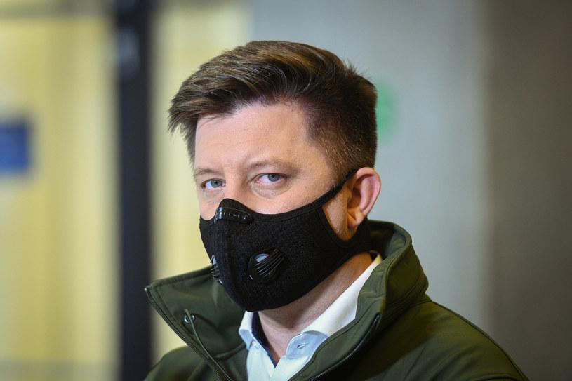 Michał Dworczyk zapowiedział, że rząd bierze pod uwagę wprowadzenie ograniczenia  przemieszczania się /Jacek Domiński /Reporter