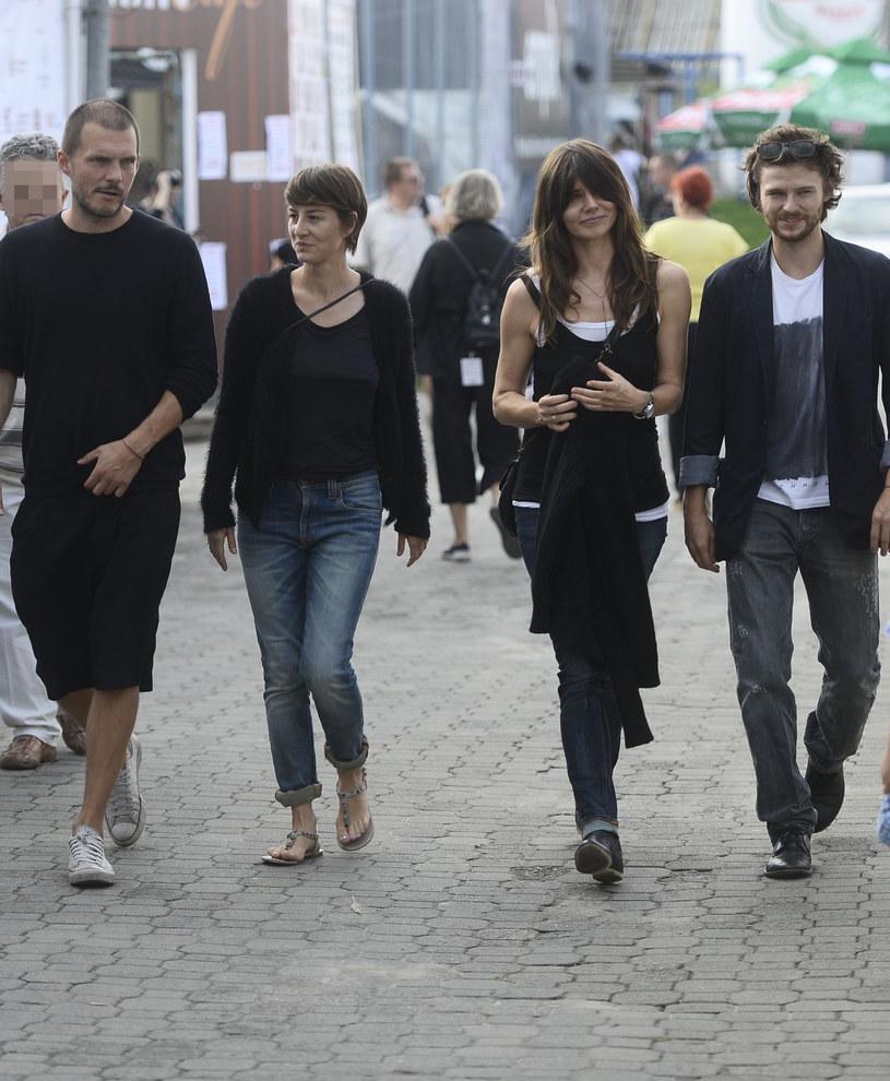 Michał Englert i Maja Ostaszewska, na zdj. z Małgorzatą Szumowską i Mateuszem Kościukiewiczem /MWMedia