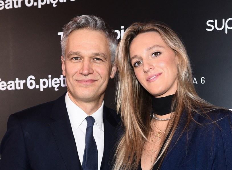 Michał i Aleksandra Żebrowscy to zgrane małżeństwo, które często udziela się w mediach społecznościowych /VIPHOTO /East News