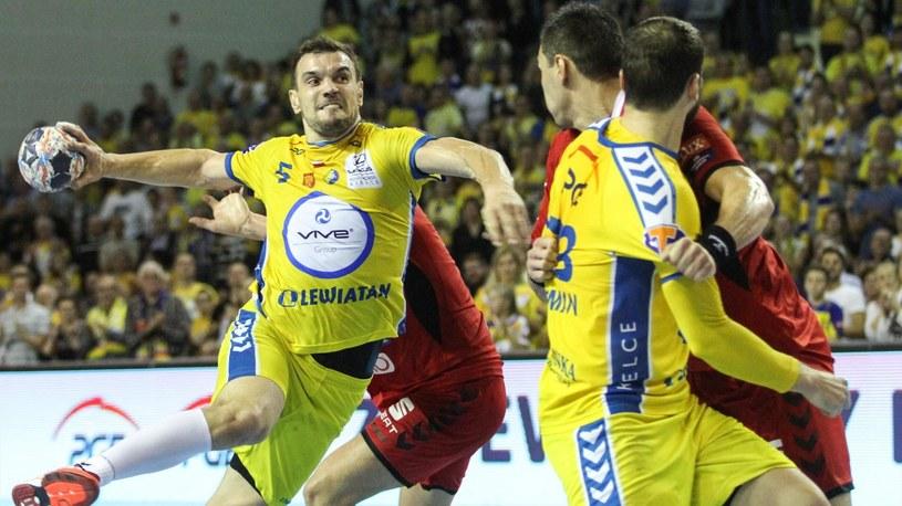 Michał Jurecki (z piłką) /Newspix