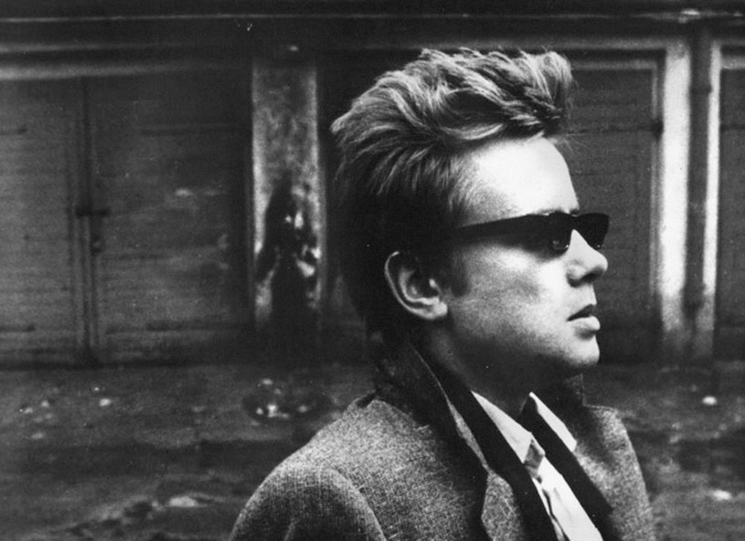 """Michał Juszczakiewicz w filmie Piotra Andrejewa """"Czułe miejsca"""" (1980) /East News/POLFILM"""