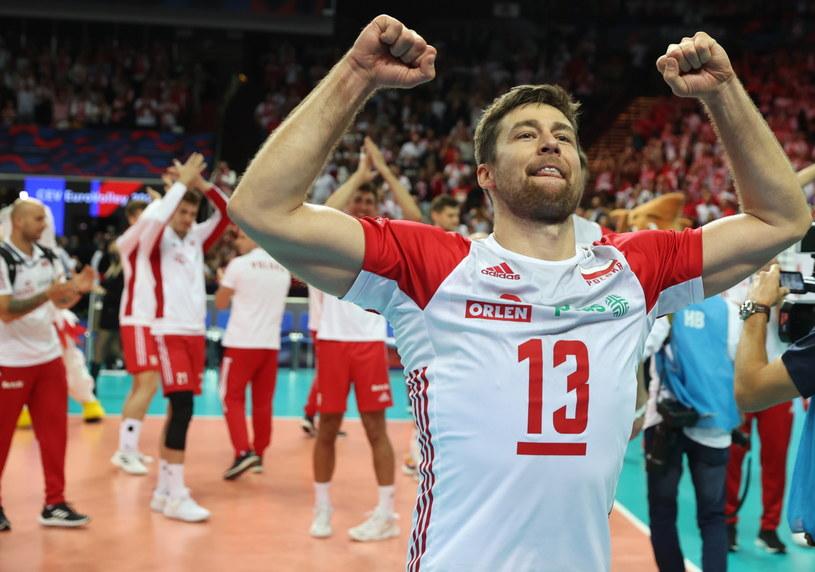 Michał Kubiak świętuje zdobycie brązowego medalu ME /Andrzej  Grygiel /PAP