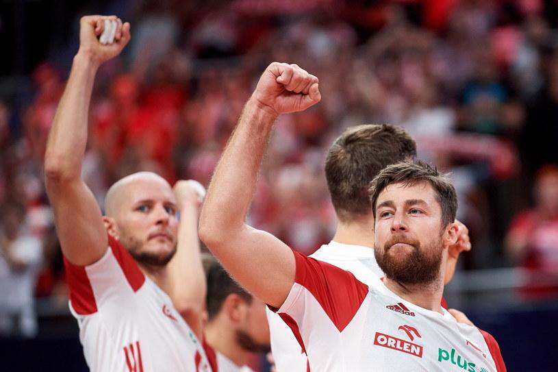 Michał Kubiak (z prawej) i Bartosz Kurek to ważne ogniwa polskiej drużyny / PAP/Adam Warżawa /PAP