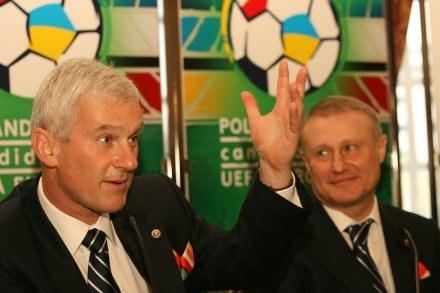 Michał Listkiewicz i Hrihorij Surkis Fot. Maciej Śmiarowski /Agencja Przegląd Sportowy