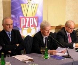 Michał Listkiewicz zagroził grupie G-4 sankcjami /INTERIA.PL