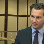 Michał M. Lisiecki przenosi część działalności za granicę