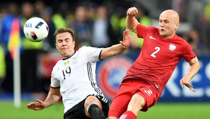 Michał Pazdan podczas meczu z Niemcami /GEORGI LICOVSKI /PAP/EPA