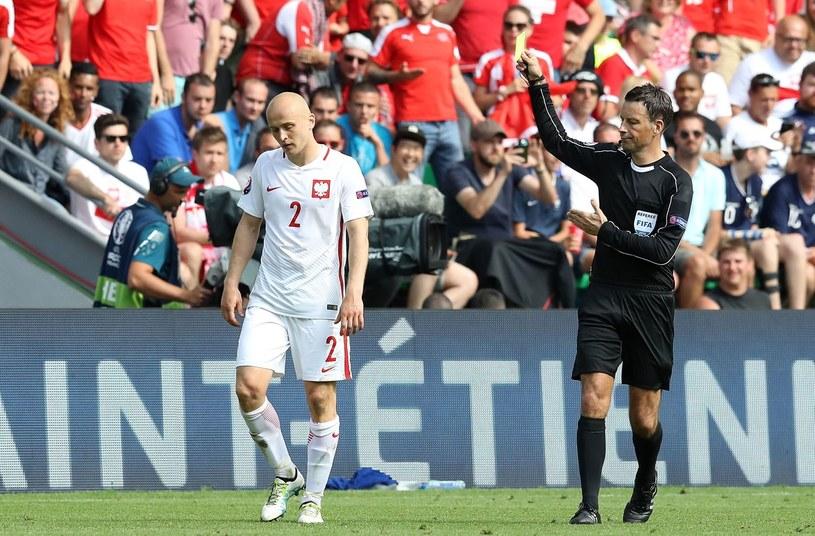 Michał Pazdan podczas meczu ze Szwajcarią na Euro 2016 /AFP