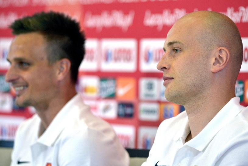 Michał Pazdan (z prawej) i Sławomir Peszko jadą na Euro /Darek Delmanowicz /PAP