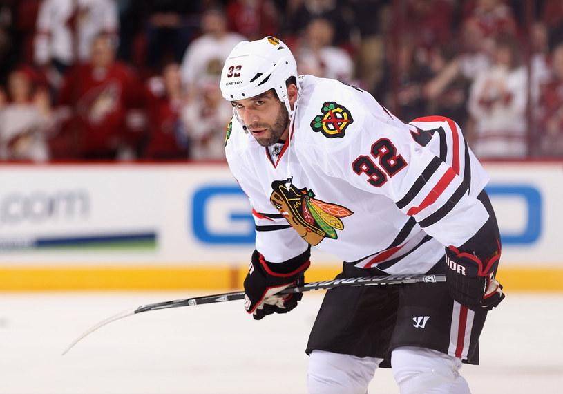 Michal Rozsival z Chicago Blackhawks /AFP
