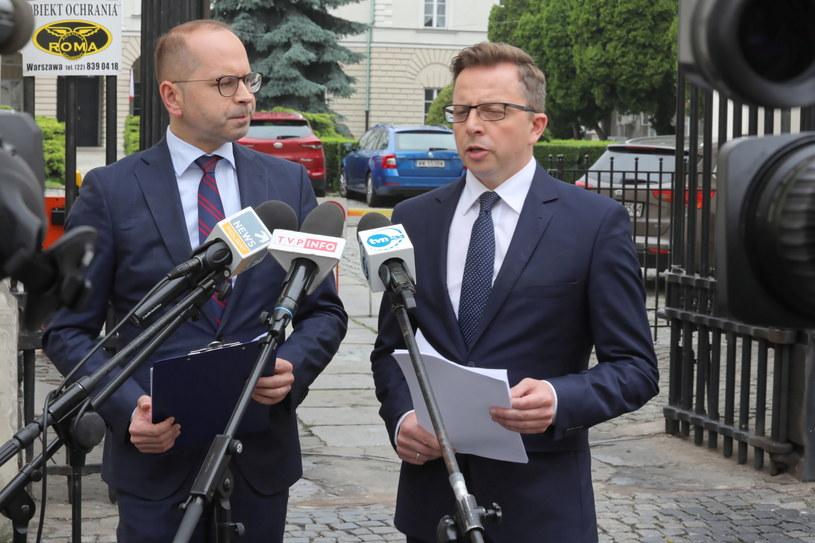 Michał Szczerba i Dariusz Joński / Tomasz Gzell    /PAP