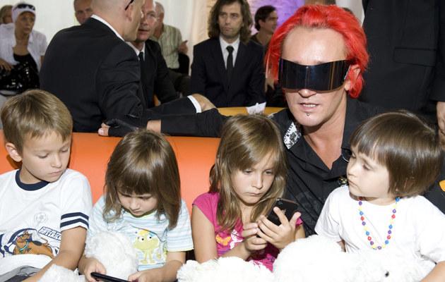 Michał Wiśniewski ze swoimi dziećmi, fot.Jarosław Antoniak  /MWMedia